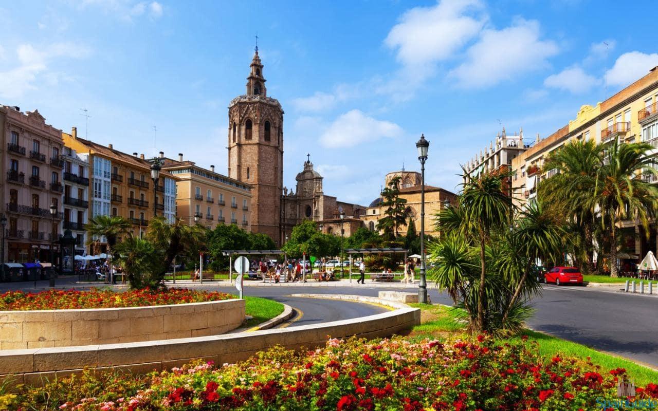Валенсия — Площадь Королевы
